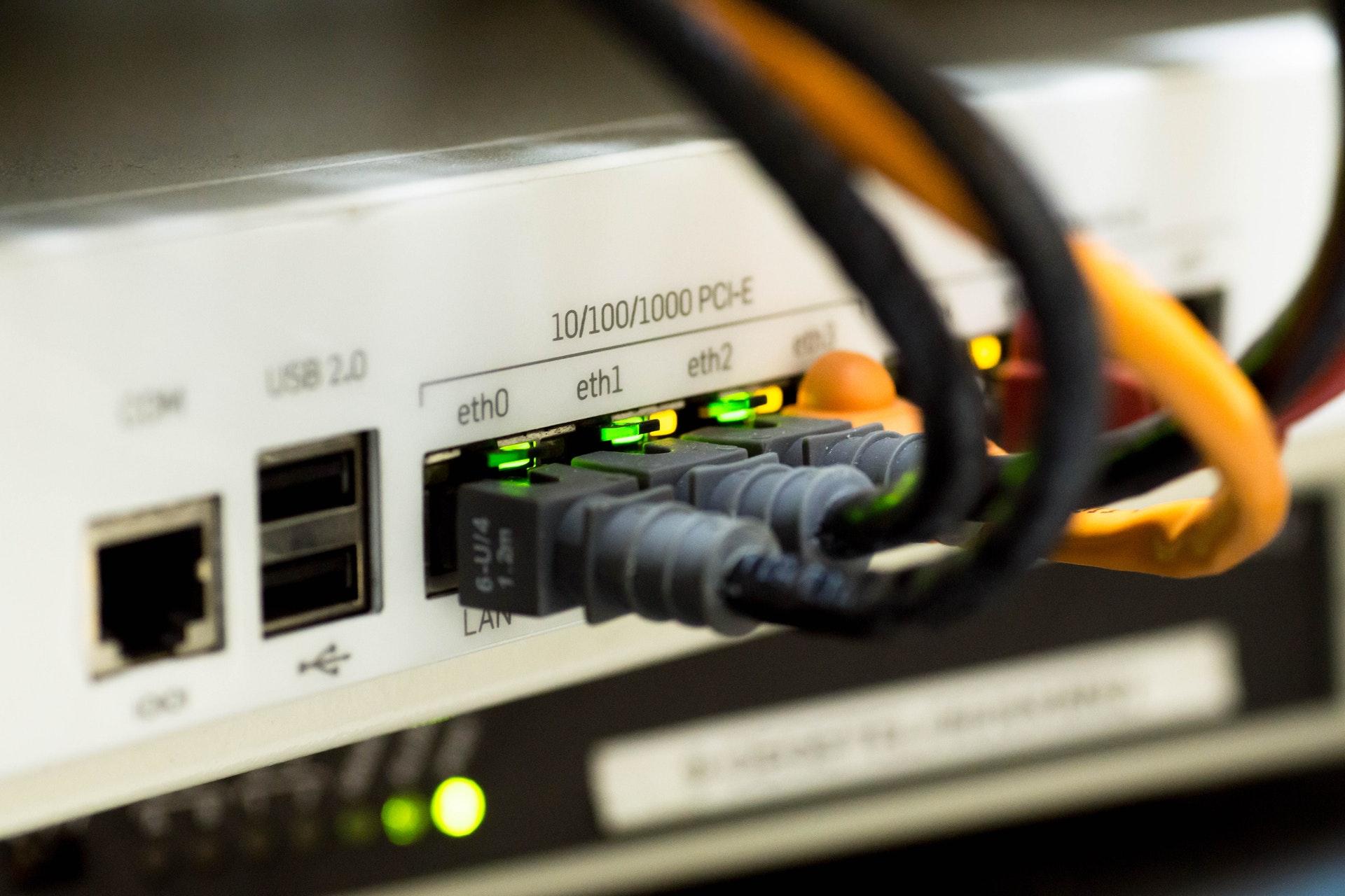 Προγράμματα ίντερνετ χωρίς σταθερό
